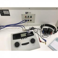 Cabina Audiométrica SST80 con pasacables, para reconocimientos psicotécnicos de conductores